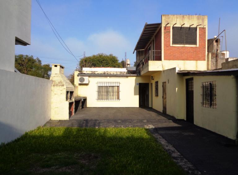 Foto Casa en Venta en  Villa Adelina,  San Isidro  Rodriguez, Cayetano Fray  al 1200