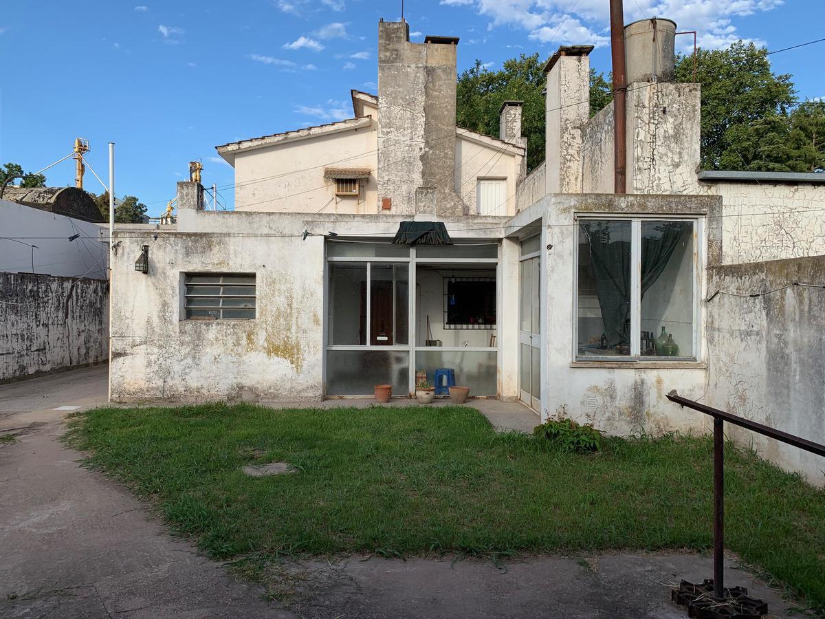 Foto Casa en Venta en  Villa Cañas,  General Lopez  Avda 51 Nº al 600