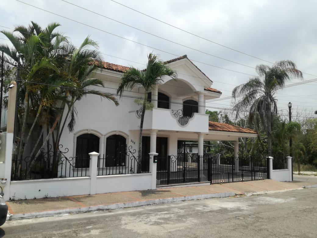 Foto Casa en Renta en  Flores,  Tampico  Lujosa residencia en Col. Flores