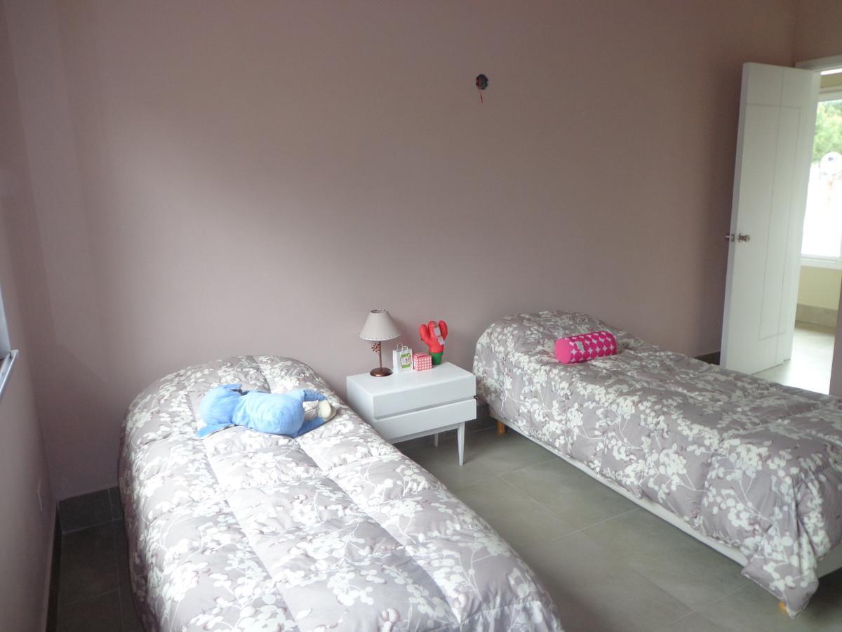 Foto Casa en Alquiler temporario en  La Herradura,  Pinamar  De la Tropilla