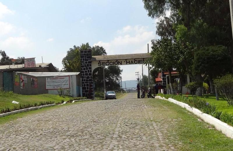 Foto Terreno en Venta en  Fraccionamiento Presa Escondida,  Tepeji del Río de Ocampo  Terreno 832 m2 Presa Escondida