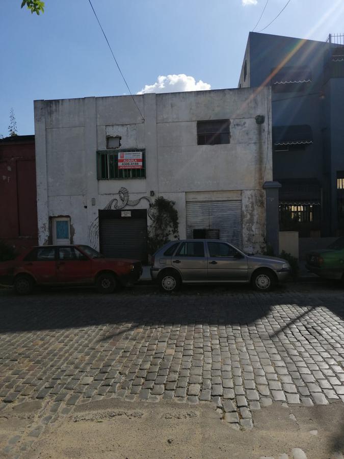 Foto Local en Alquiler en  Barracas ,  Capital Federal  Luzuriaga N° al 300