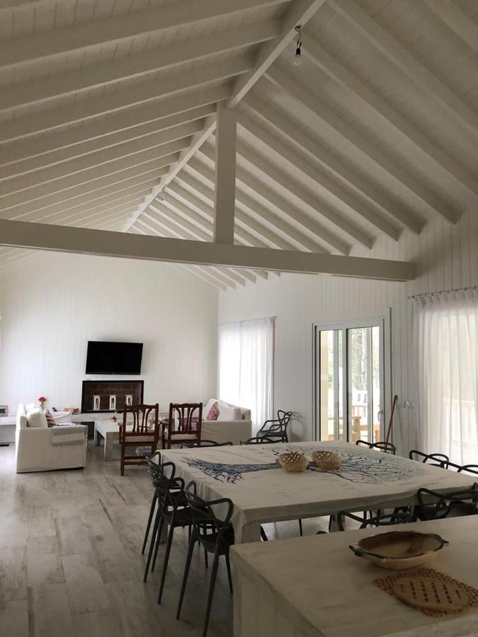 Foto Casa en Alquiler temporario en  Barrio Costa Esmeralda,  Pinamar  Senderos IV Lote al 300