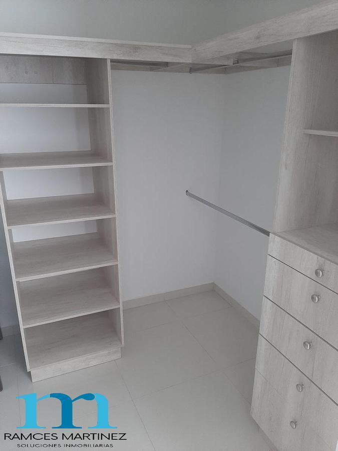 Foto Casa en Venta en  Fraccionamiento Zona Dorada,  Culiacán  CASA EN VENTA EN PRIVADA CON BONO DE  REGALO, CERCA DE C.U.