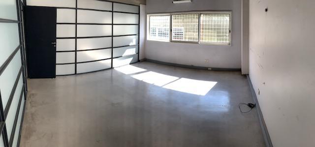 Foto Local en Alquiler | Alquiler temporario en  Chacarita ,  Capital Federal  Forest al 500 y Federico Lacroze - Edificio Comercial