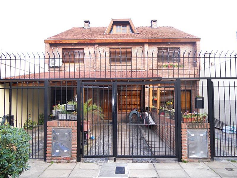 Foto Casa en Venta en  Munro,  Vicente Lopez  Bouchard al 4800