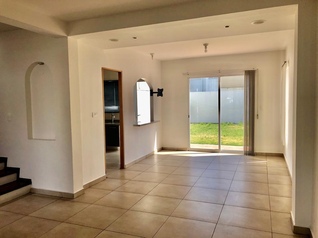 Foto Casa en condominio en Renta en  Metepec ,  Edo. de México  Privada de Arrayanes, Foresta