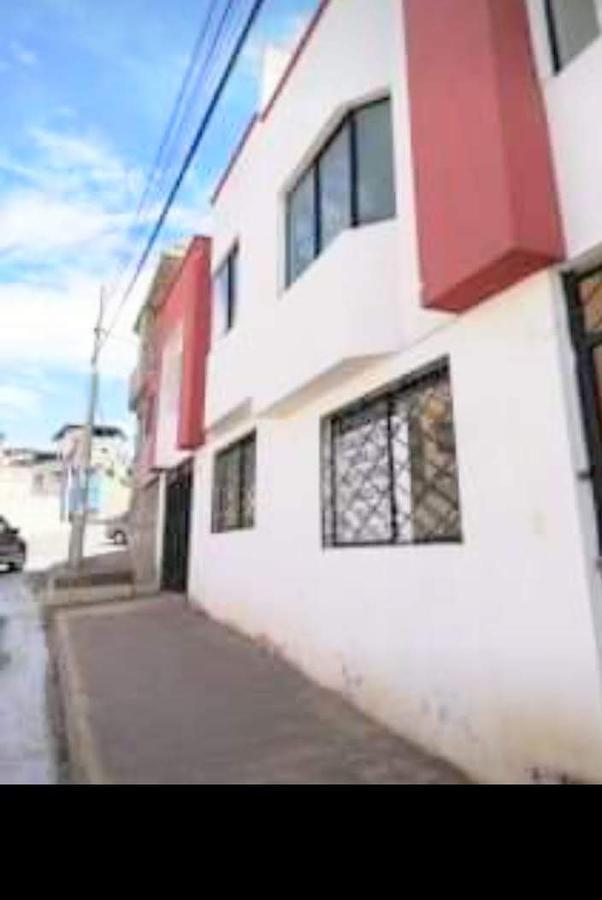 Foto Casa en Venta en  Quito ,  Pichincha  Marianas - Carapungo