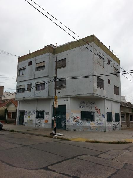 "Foto Departamento en Alquiler en  Lomas de Zamora Oeste,  Lomas De Zamora  Paso 707 2° ""3"""