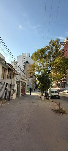 Foto Local en Alquiler en  Nueva Cordoba,  Cordoba Capital  Nva Cba, Bv. San Juan 950, Local Comercial