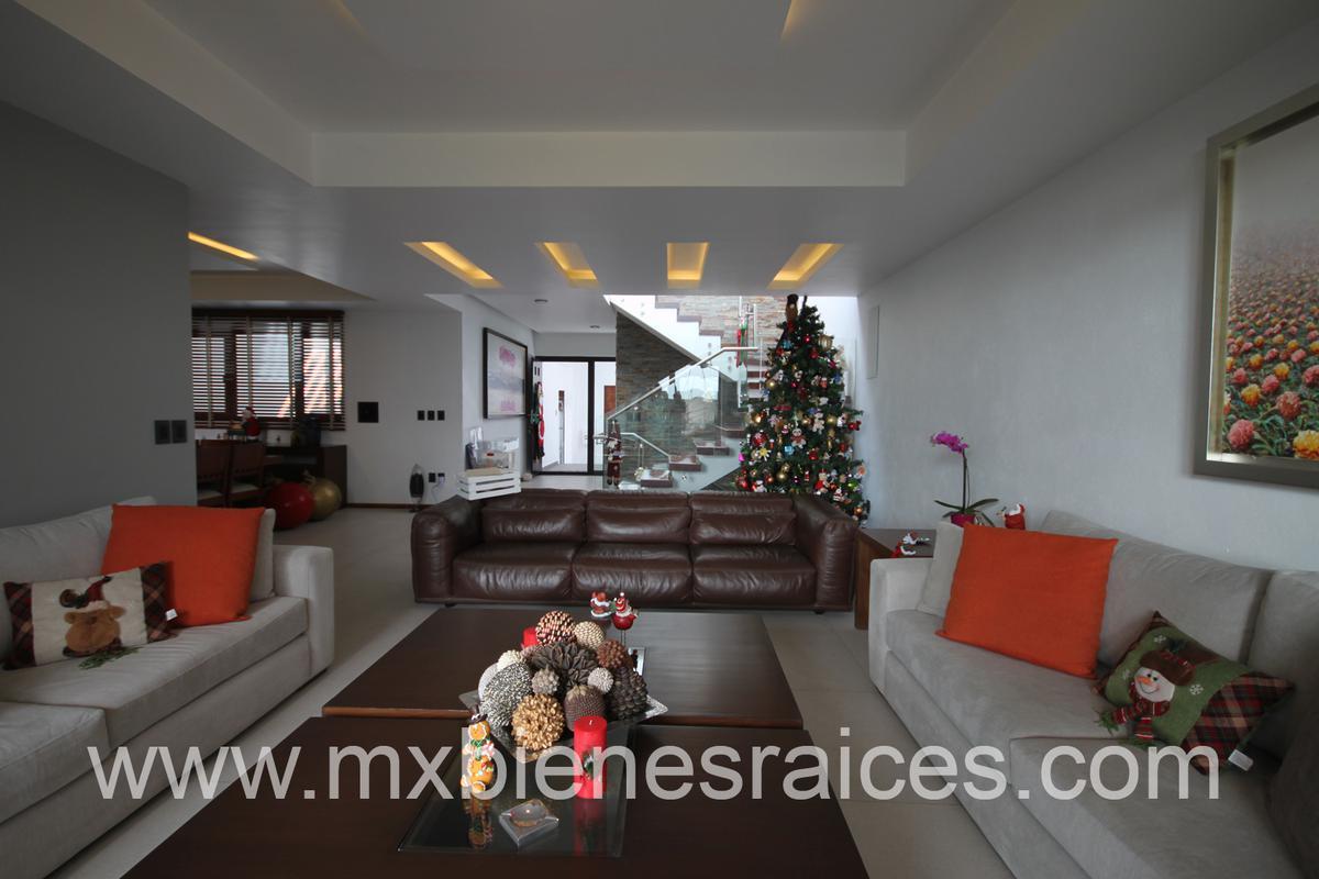 Foto Casa en Venta en  Hacienda de las Palmas,  Huixquilucan  Hacienda de las Palmas