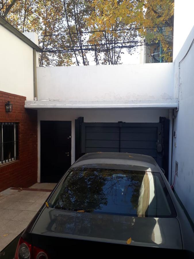 Foto Casa en Venta en  Villa Ortuzar ,  Capital Federal  BARZANA al 1100
