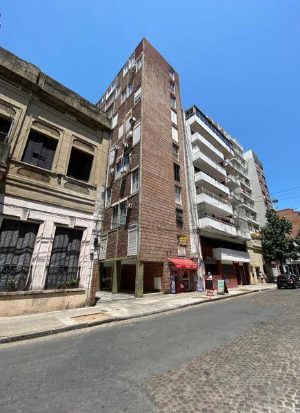 Foto Departamento en Venta en  Centro,  Rosario  Juan Manuel De Rosas  1300 07°
