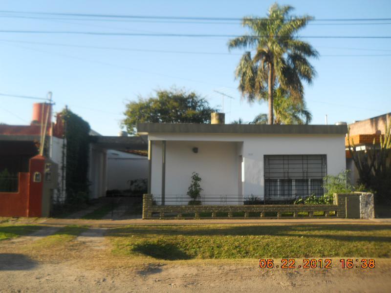 Foto Casa en Alquiler en  Bella Vista,  San Miguel  Chubut al al 1200