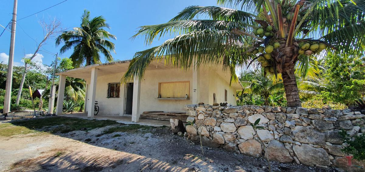 Foto Casa en Venta en  Chetumal ,  Quintana Roo  Casa con amplio terreno en LAGUNA GUERRERO