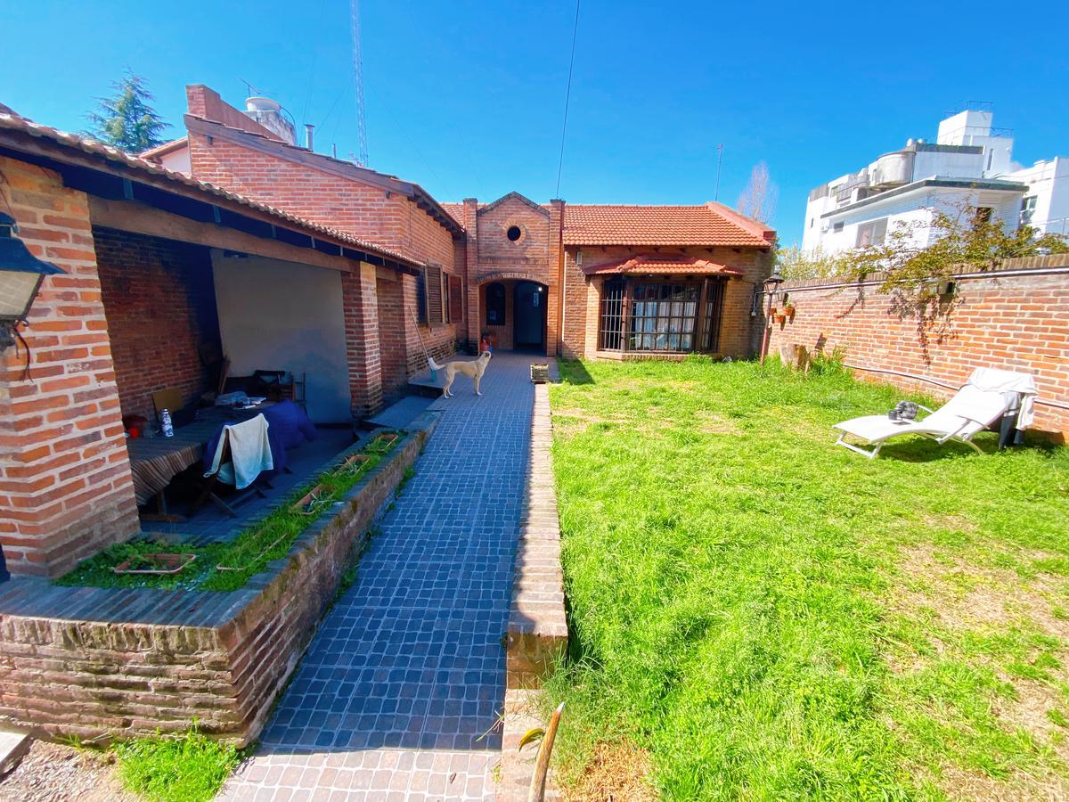 Foto Casa en Venta en  San Fernando ,  G.B.A. Zona Norte  Chacabuco 1046 - Impecable propiedad  a la venta