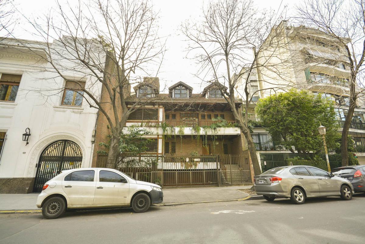 Foto Casa en Venta   Alquiler en  Palermo Chico,  Palermo  CASTEX Y SAN MARTIN DE TOURS