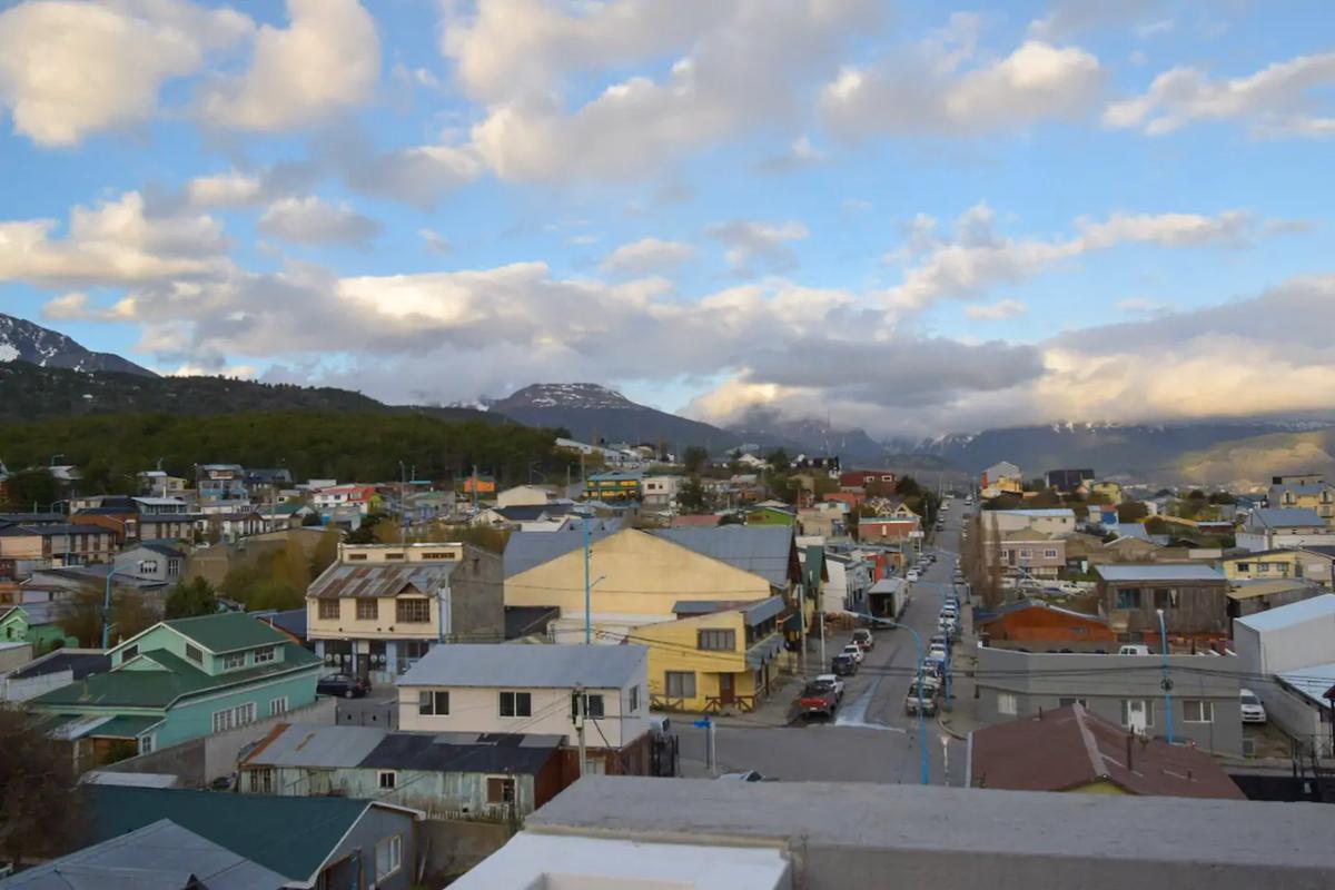 Foto Departamento en Alquiler en  Ushuaia ,  Tierra Del Fuego  CAMPOS al 800