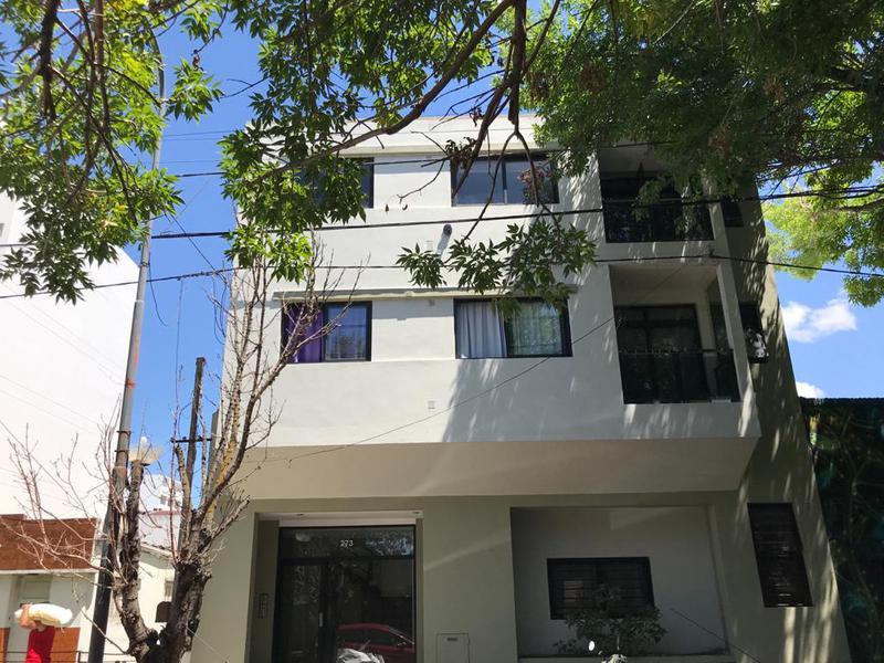 Foto Departamento en Alquiler en  La Plata ,  G.B.A. Zona Sur  21 entre 37 y 38