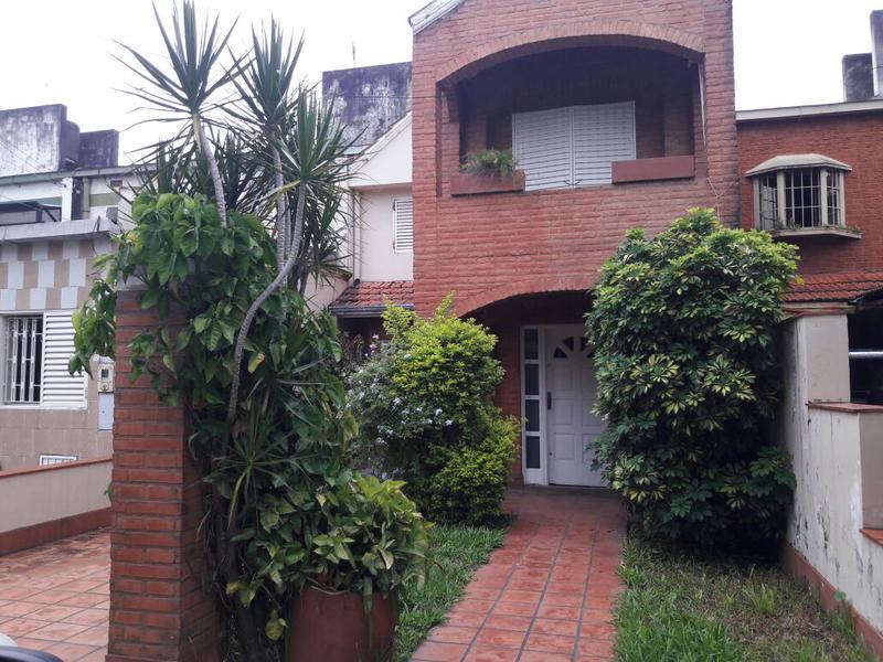 Foto Casa en Alquiler en  Oeste Ii,  San Miguel De Tucumán  Casa Alq. Bolivia al al 4000