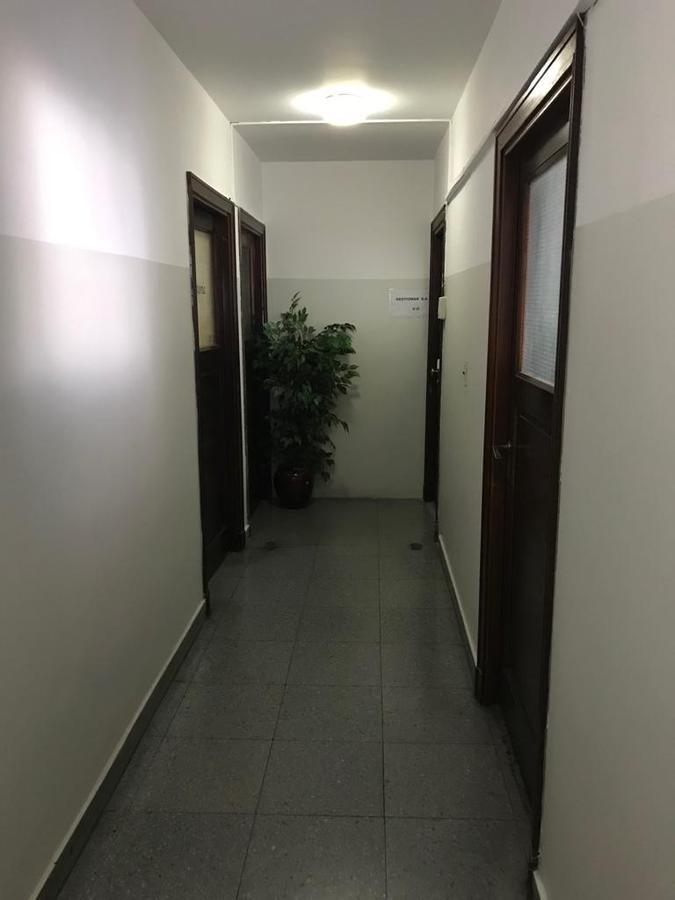 Foto Oficina en Alquiler en  S.Isi.-Centro,  San Isidro  Alquiler Oficina un Amb dividido en dos. Seguridad