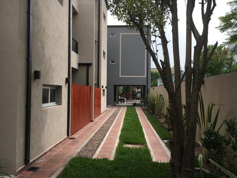 Foto Departamento en Venta en  General Rodriguez ,  G.B.A. Zona Oeste  Moreno 565, 1er Piso B
