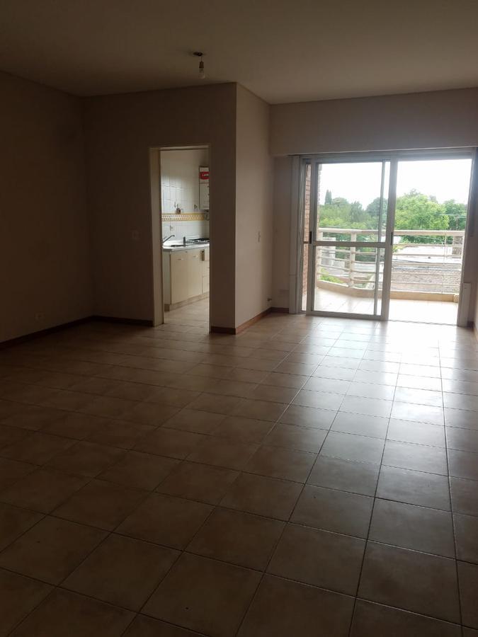 Foto Departamento en Venta en  Pilar ,  G.B.A. Zona Norte  Moreno y Alsina - PILAR  Centro