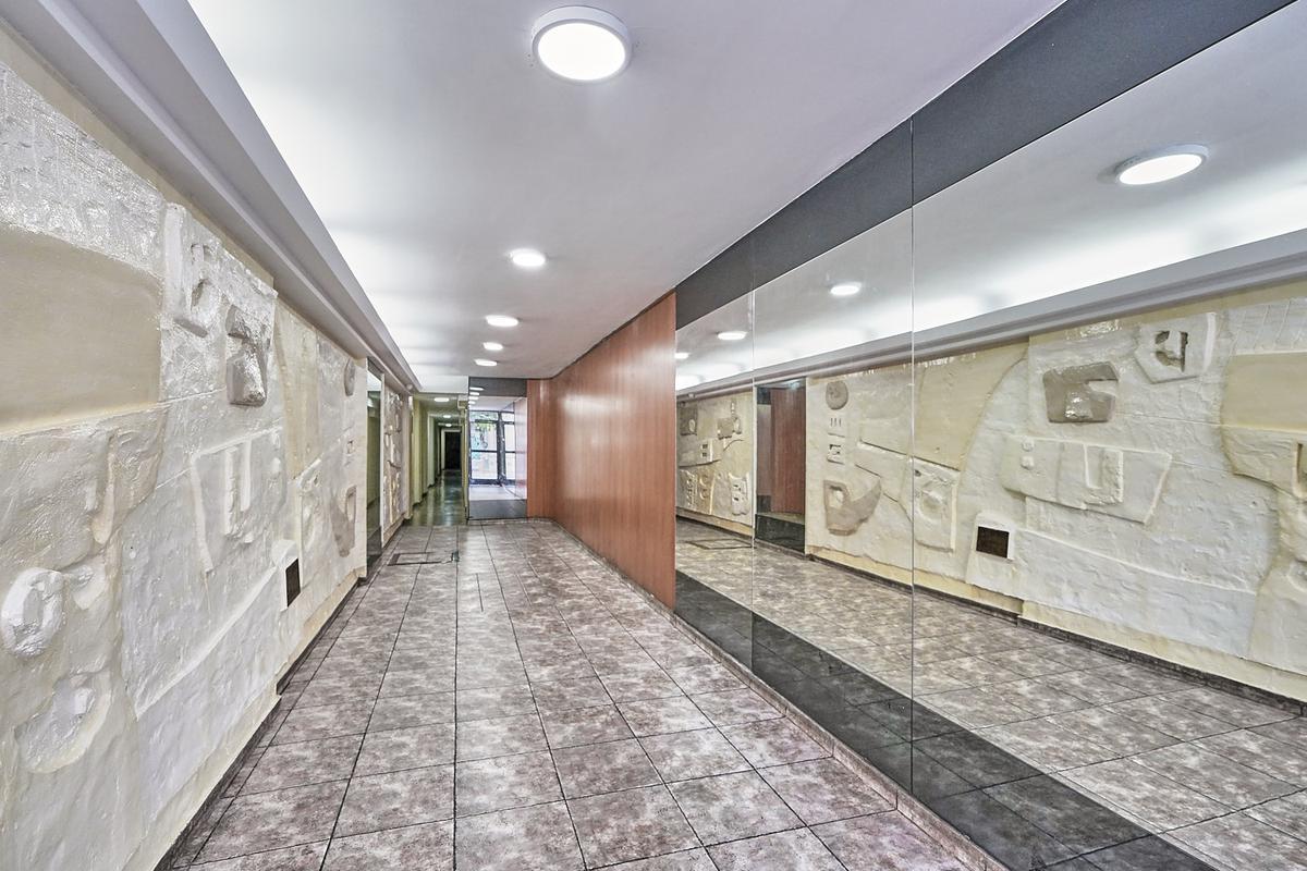 Foto Departamento en Venta en  San Cristobal ,  Capital Federal  Av. Independencia 1800