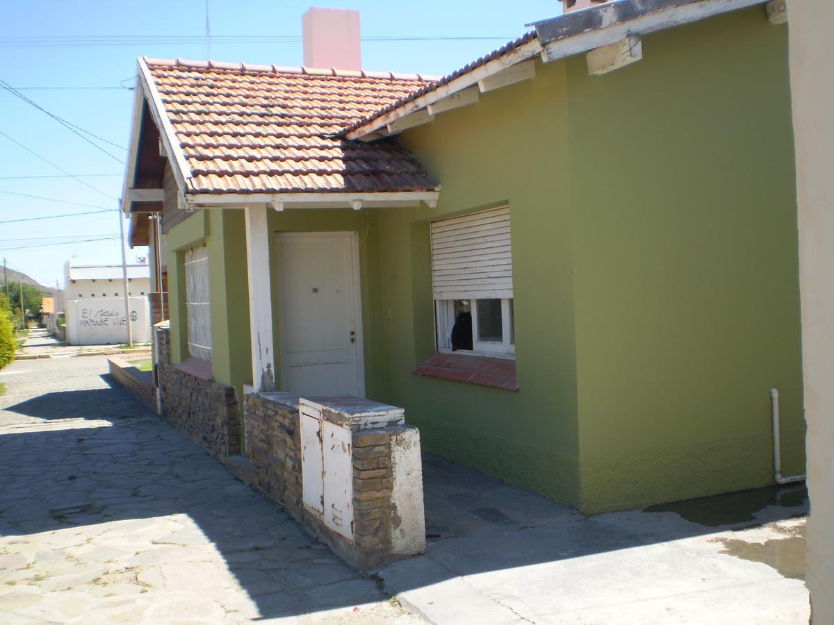 Foto Casa en Venta |  en  Esquel,  Futaleufu  San Martin al 300