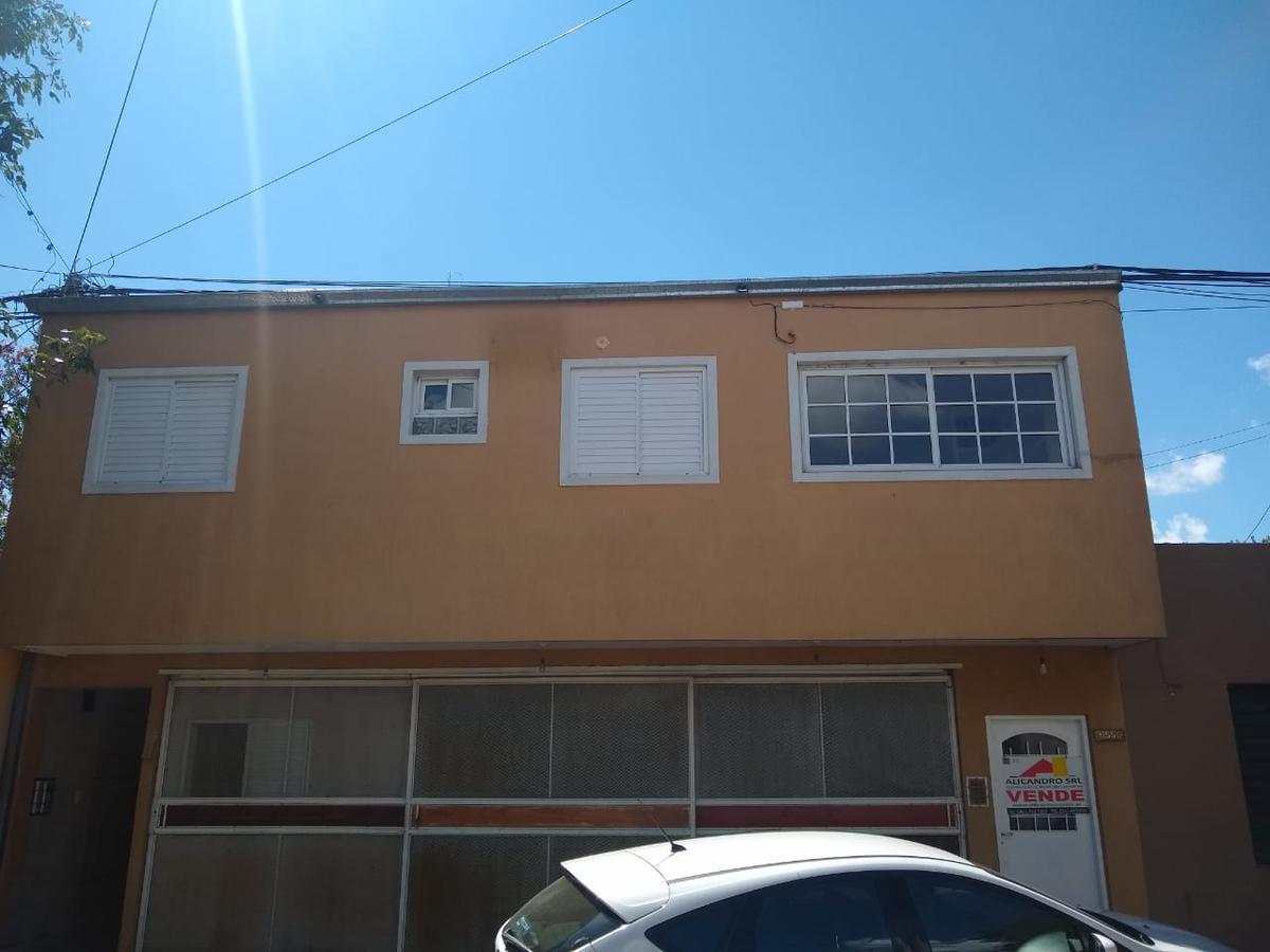 Foto Departamento en Venta en  Santa Fe,  La Capital  REPUBLICA DE SIRIA al 6500