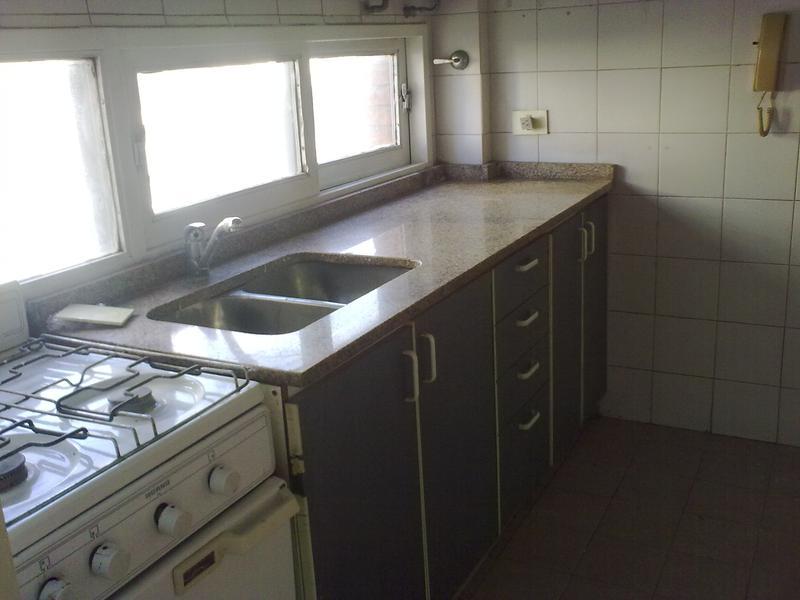 Foto Departamento en Venta en  Lomas de Zamora Oeste,  Lomas De Zamora  Mitre 337 3 B