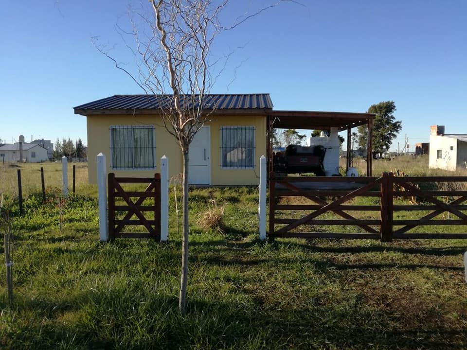 Foto Casa en Alquiler en  Abasto,  La Plata  50 e/ 247 y 248