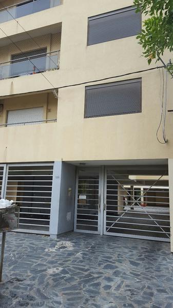Foto Departamento en Venta en  La Plata ,  G.B.A. Zona Sur  21 34 y 35