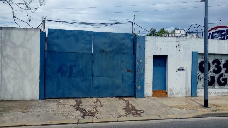 Foto Galpón en Alquiler en  Villa Luro ,  Capital Federal  Juan B. Justo al 8400