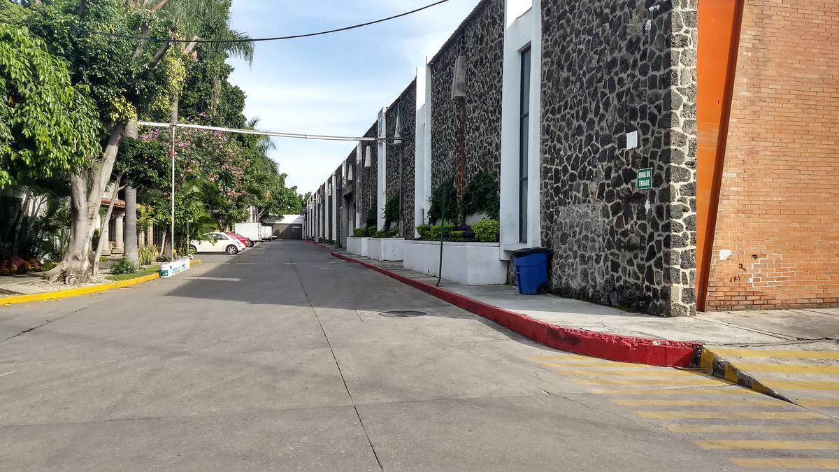 Foto Bodega Industrial en Renta en  Jiutepec ,  Morelos  Bodega renta Tlahuapan Jiutepec