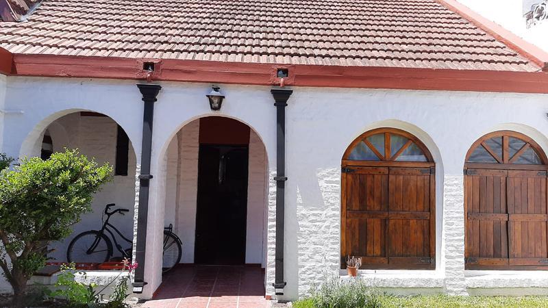 Foto Casa en Venta en  Ituzaingó Norte,  Ituzaingó  Lucero al 900