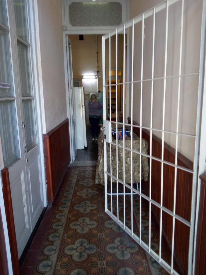Foto Casa en Alquiler en  Bella Vista ,  Montevideo  San Fuctuoso y Jujuy - 3 drom