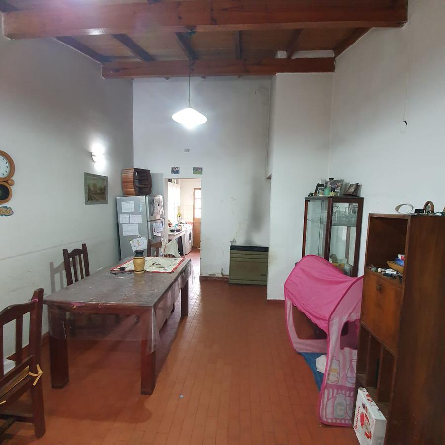 Foto Casa en Venta en  Capital ,  Neuquen  Barrio Mercantiles