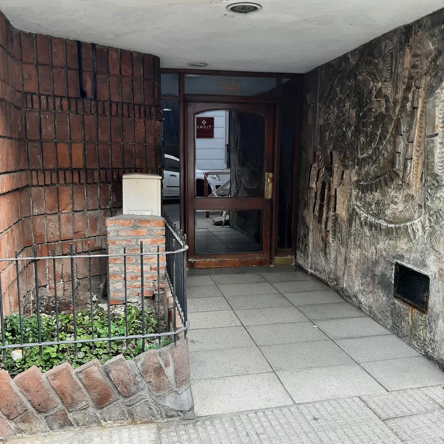 Foto Departamento en Venta en  San Telmo ,  Capital Federal  Humberto Primo al 600