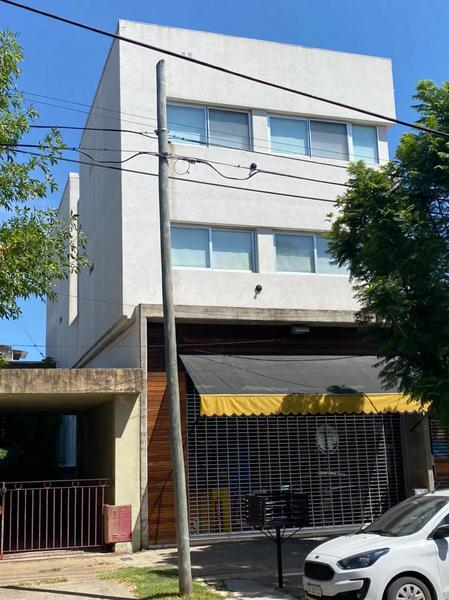 Foto Local en Venta en  Escobar ,  G.B.A. Zona Norte  Alberdi 620