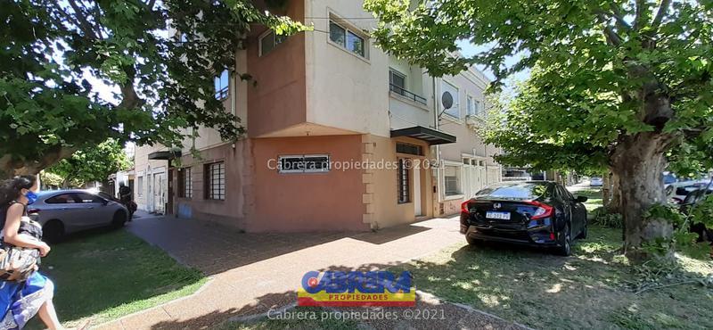 Foto Oficina en Alquiler en  Lomas de Zamora Este,  Lomas De Zamora  Arenales 96 1°