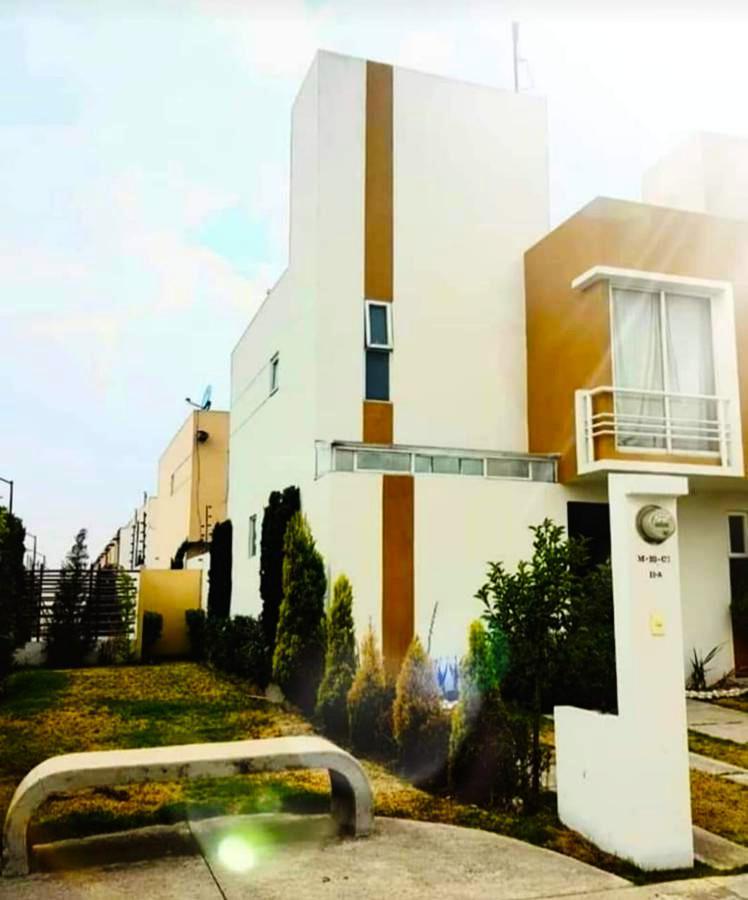 Foto Casa en Venta en  San Mateo Otzacatipan,  Toluca  Las Misiones