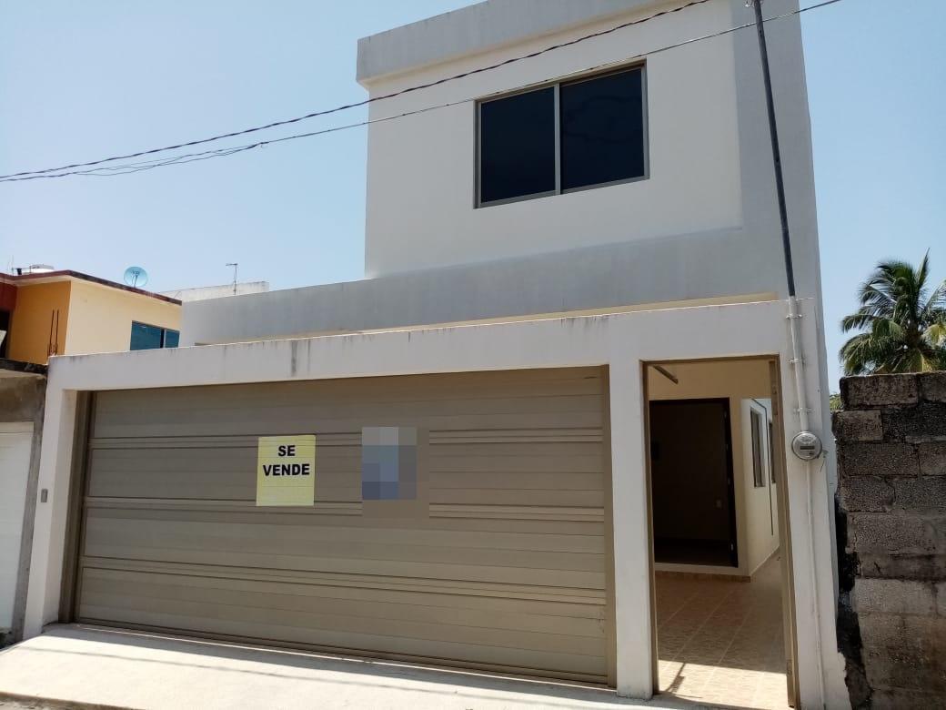 Foto Casa en Venta    en  Graciano Sánchez Romo,  Boca del Río  Col. Graciano Sanchez, Boca del Rio, Veracruz - Casa en venta