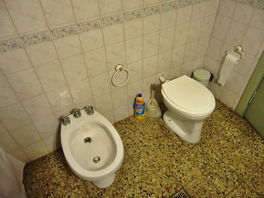 Foto Casa en Venta en  Olivos-Maipu/Uzal,  Olivos  D. F. Sarmiento al 2100