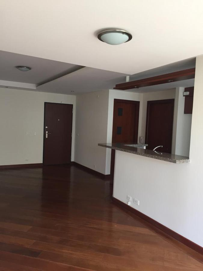 Foto Departamento en Alquiler en  Norte de Quito,  Quito  QUITO