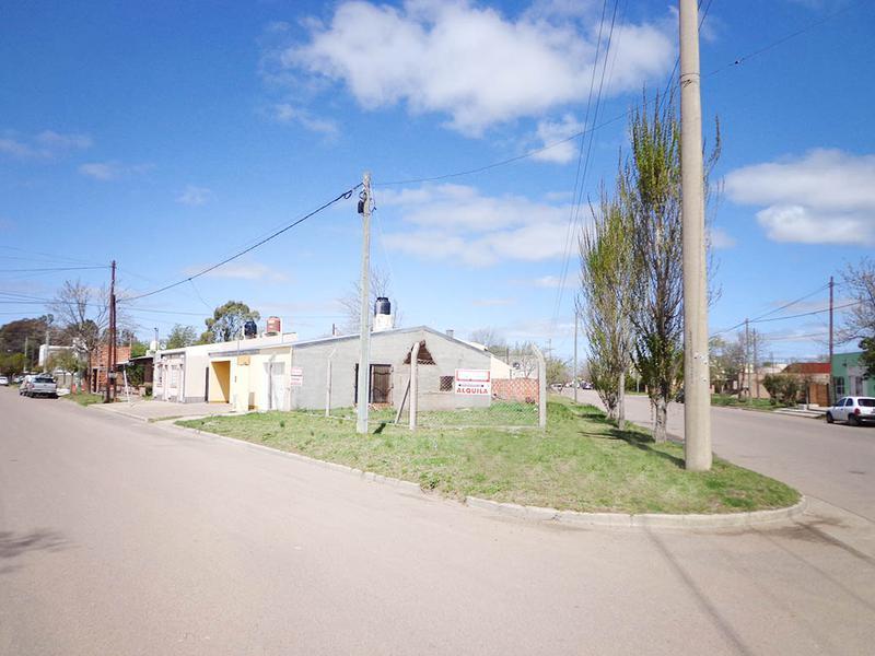 Foto Casa en Venta en  General Pico,  Maraco  116 esq 300
