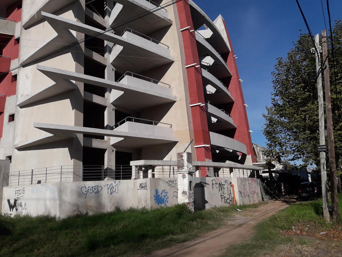Foto Departamento en Venta en  Monte Grande,  Esteban Echeverria  DOLORES G. OCANTOS 392