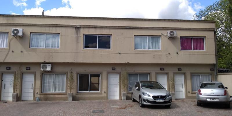 Foto Casa en Venta | Alquiler en  Ezeiza ,  G.B.A. Zona Sur  Dúplex en Ezeiza a pocas cuadras de la estación