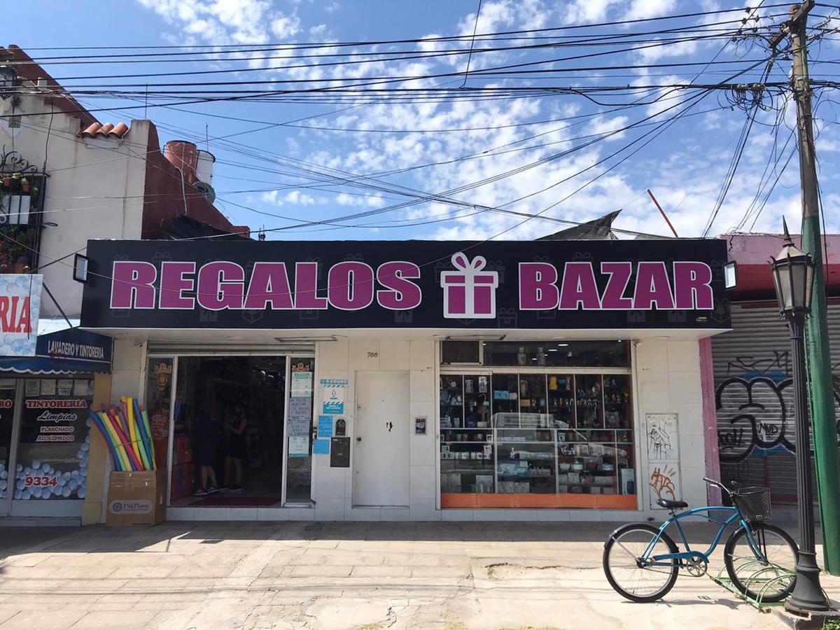 Foto Local en Venta en  Ituzaingó Centro,  Ituzaingo  Mansilla al 700