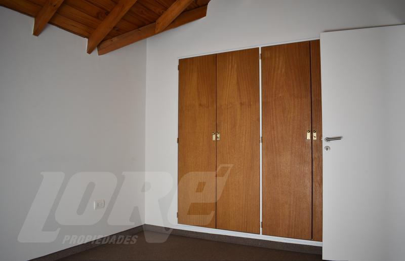 Foto Departamento en Venta en  Lomas de Zamora Oeste,  Lomas De Zamora  Azara al 400